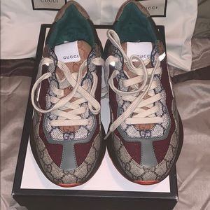 Gucci sneakers authentic women size 39 also 9